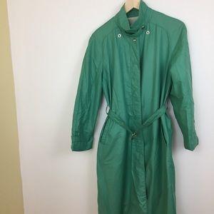 Vintage London Fog raincoat full length belt green